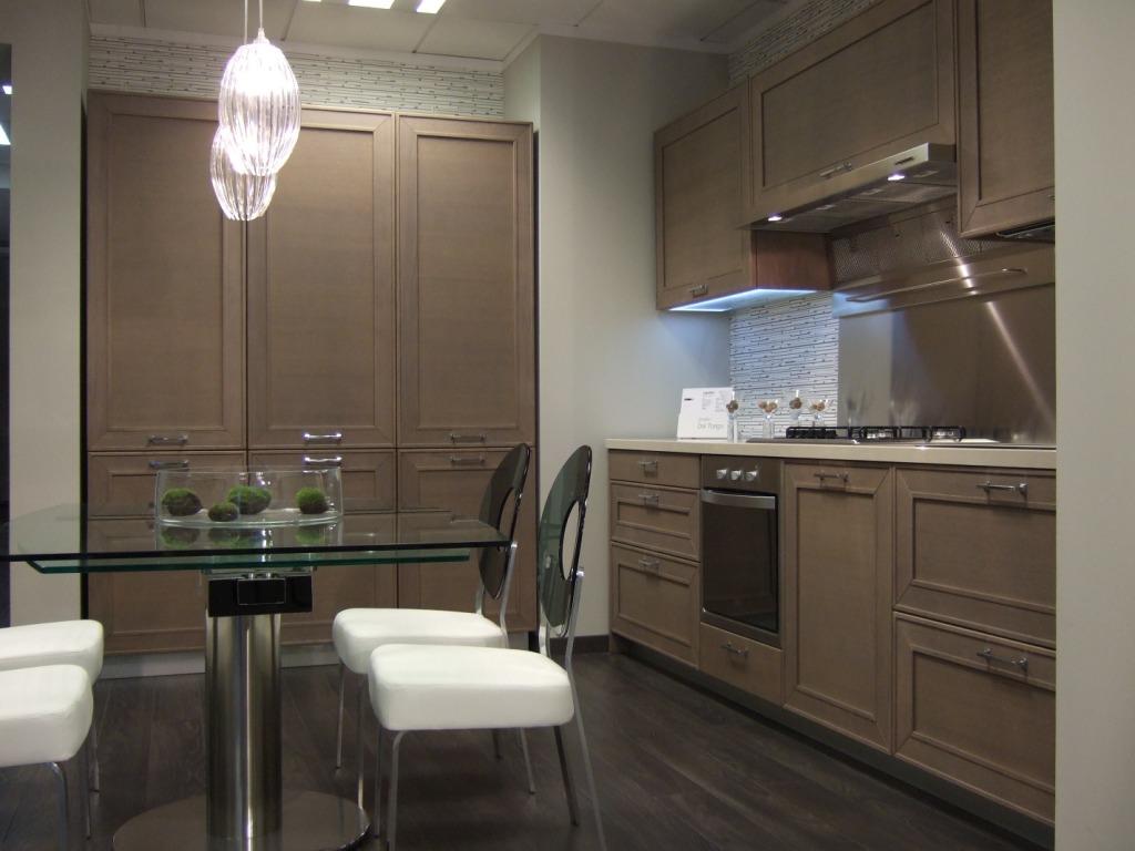 Capalbio,una nuova cucina in legno scontata del 45%