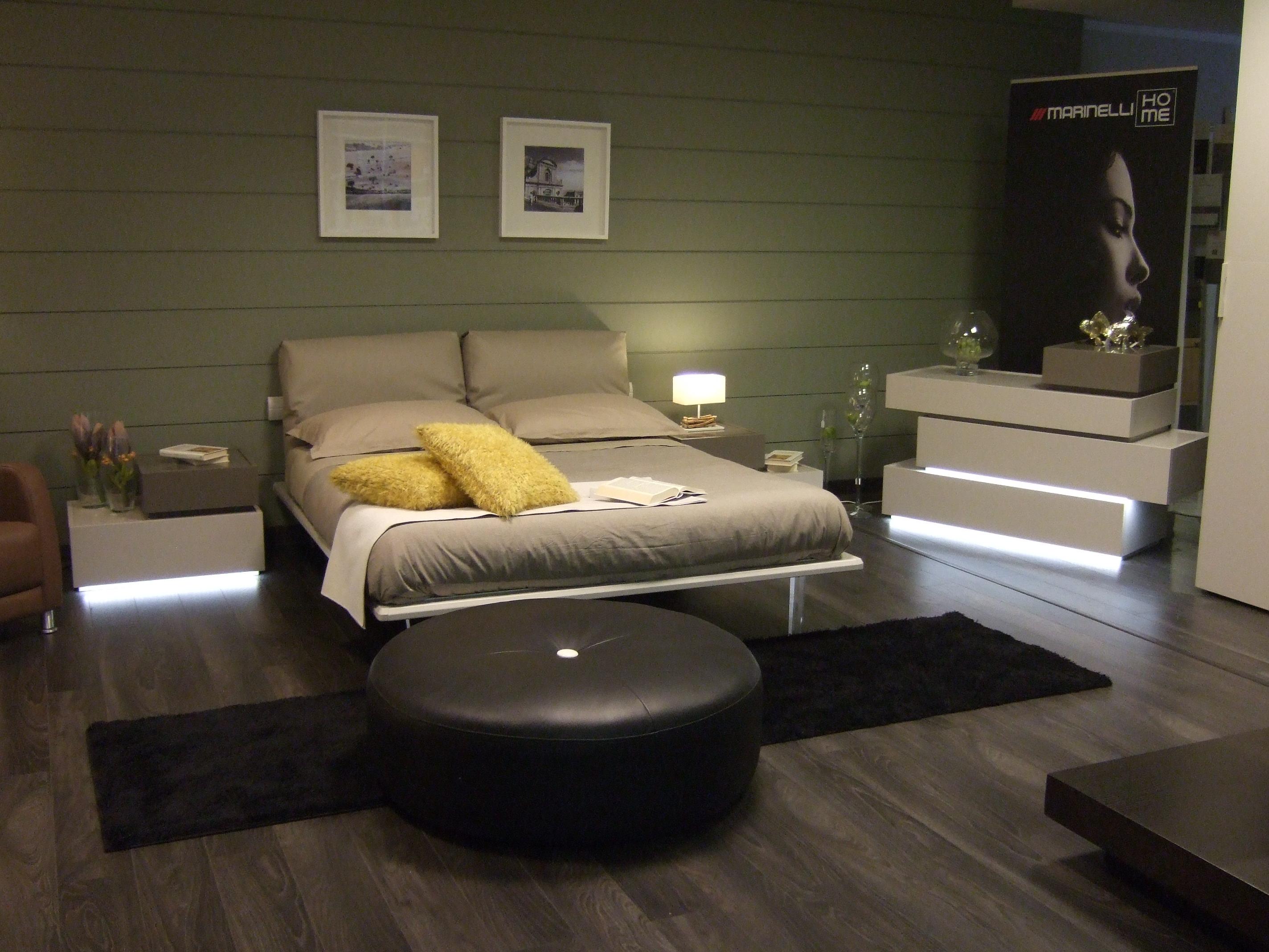 Replay la nuova camera da letto arrivata in negozio - Poltroncina camera da letto ...