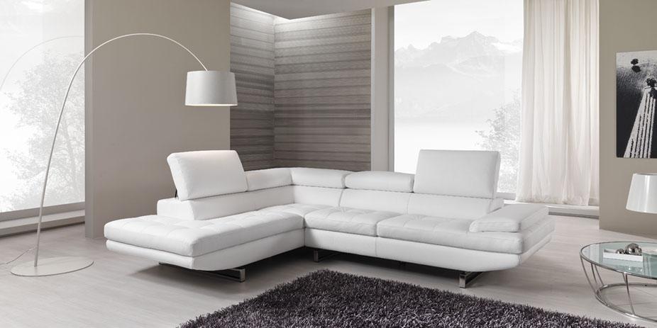 Sono arrivati i nuovi divani in pelle!